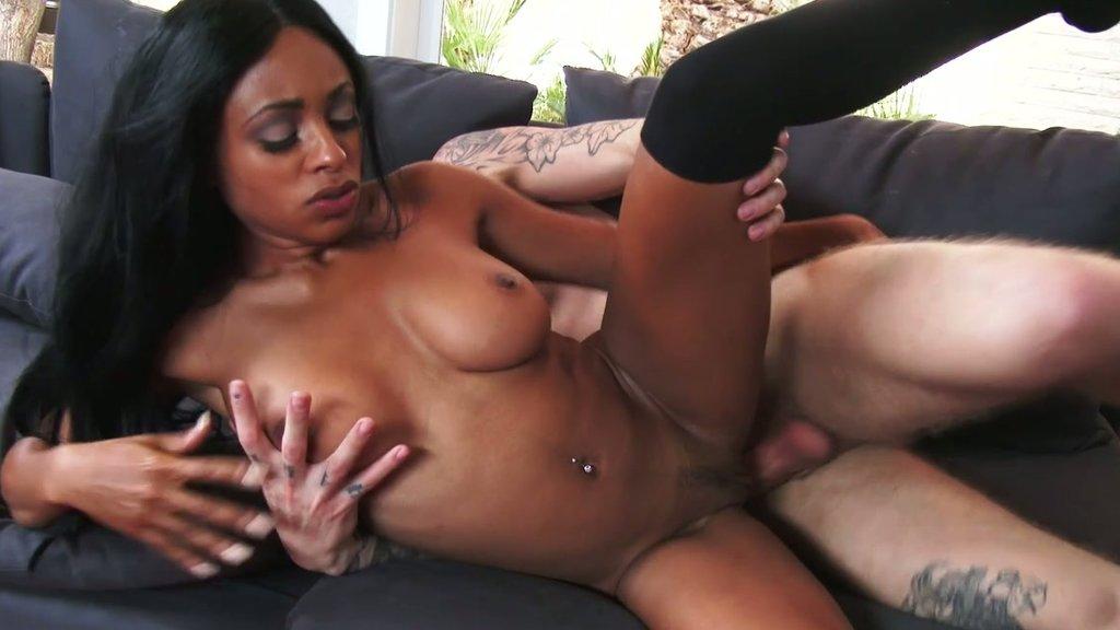 Anya Ivy 5